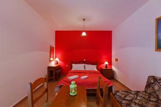 standard-apartment-skopelos-1