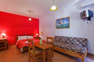 standard-apartment-skopelos-3