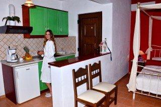 skopelos-honeymoon-apartment-12